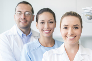 Picture of Costa Rica dentist and two dental assistants.